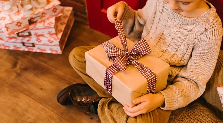 Thoughtful Diwali Gifts to Make Your Mom Feel Special this Year